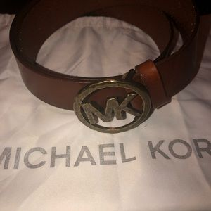New Michael Kors XL leather belt